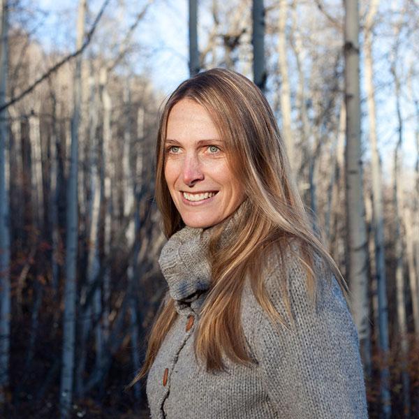 Amanda Follett